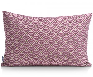 Coussin rectangulaire motif rose