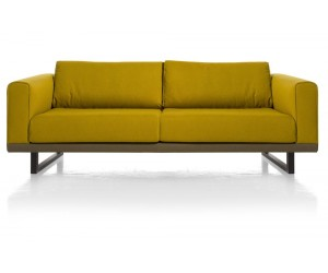 Canapé 2,5 places jaune avec accoudoirs