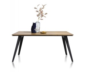 Table style industrielle bois de chêne et pieds métal noir