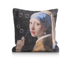 Coussin en tissu représentant la fille à la perle