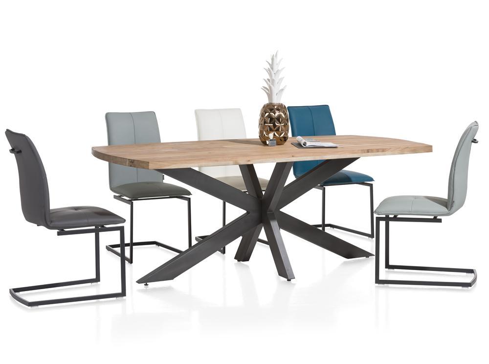 Salle à manger table bois chaises design