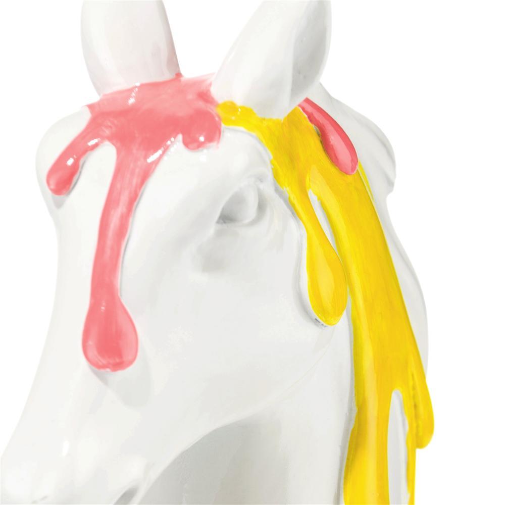 cma wit horse h detail