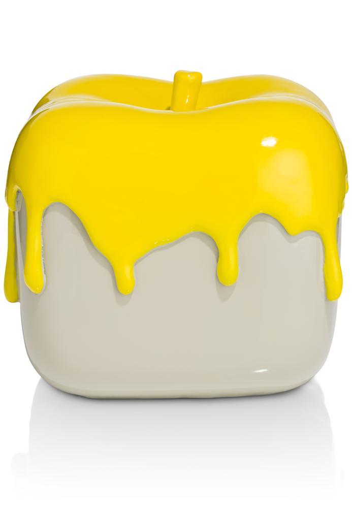 cma gee painted apple