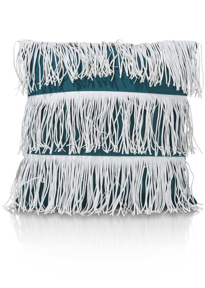 Coussin bleu à franges blanches