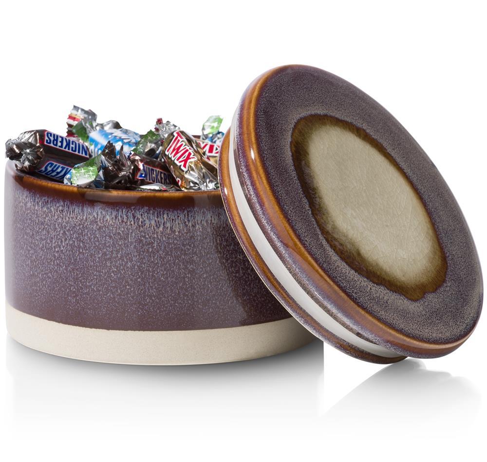 Pot violet en céramique