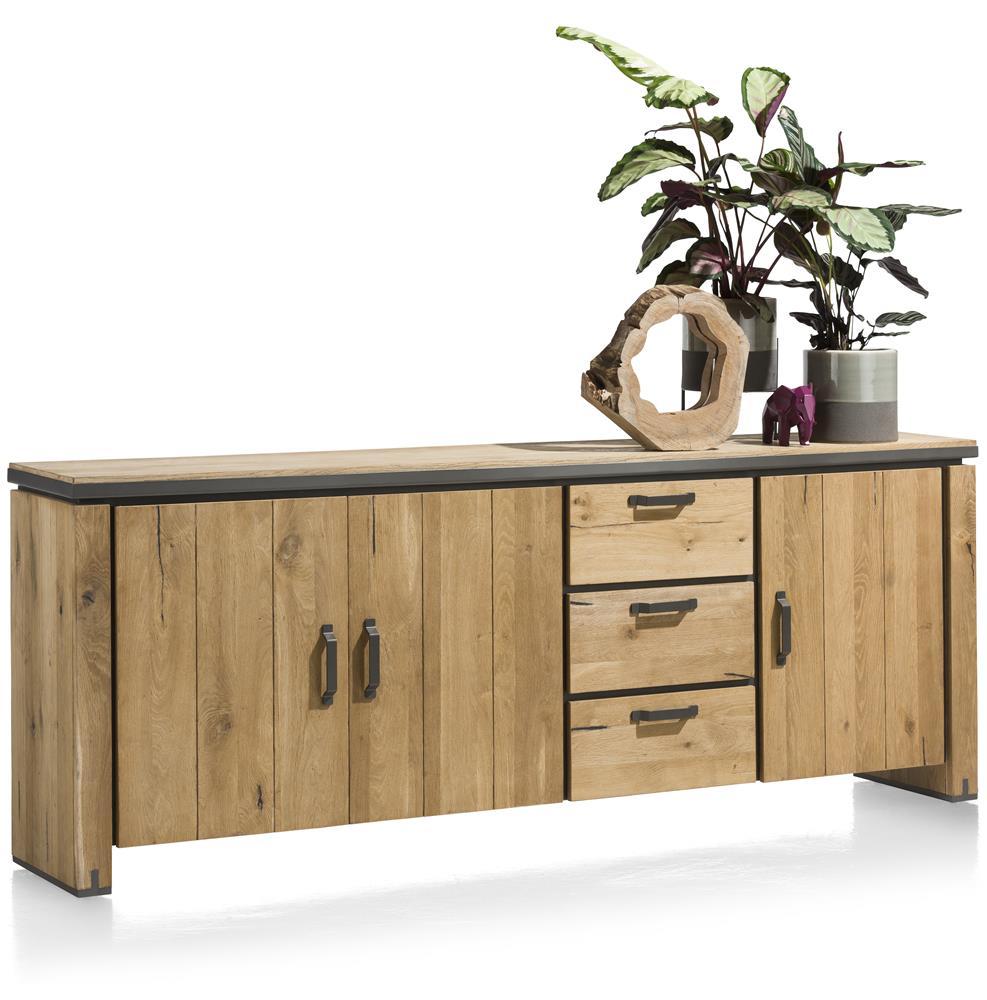Buffet en bois avec accents métalliques noirs