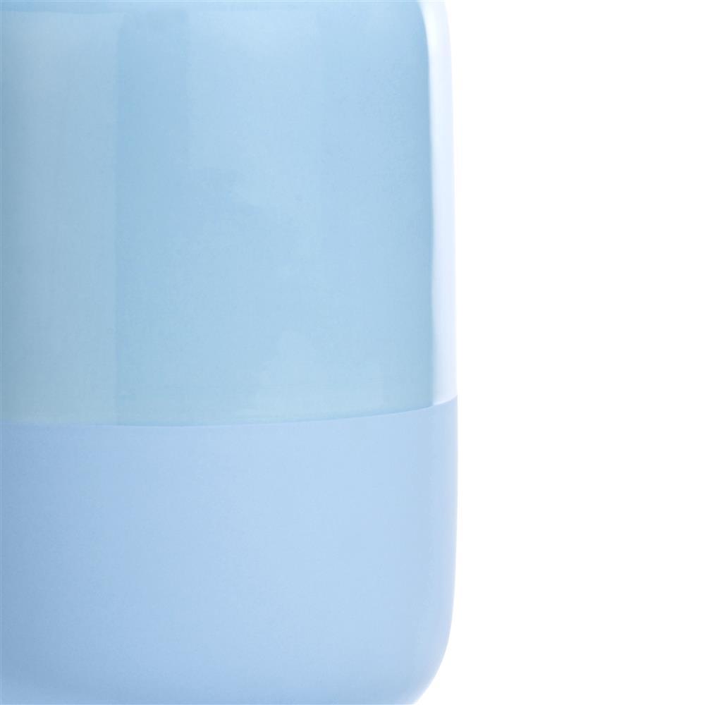 Vase bleu en céramique