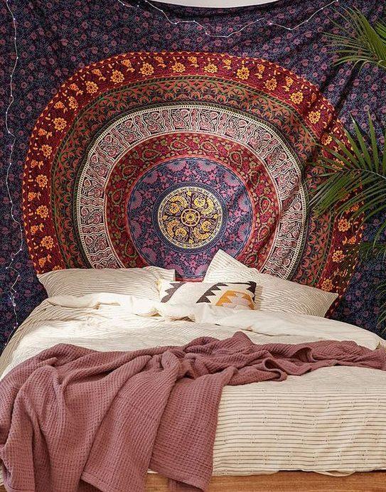 Tête de lit tenture motifs mandalas colorés