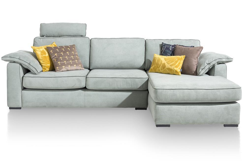 Canapé d'angle gris avec coussins