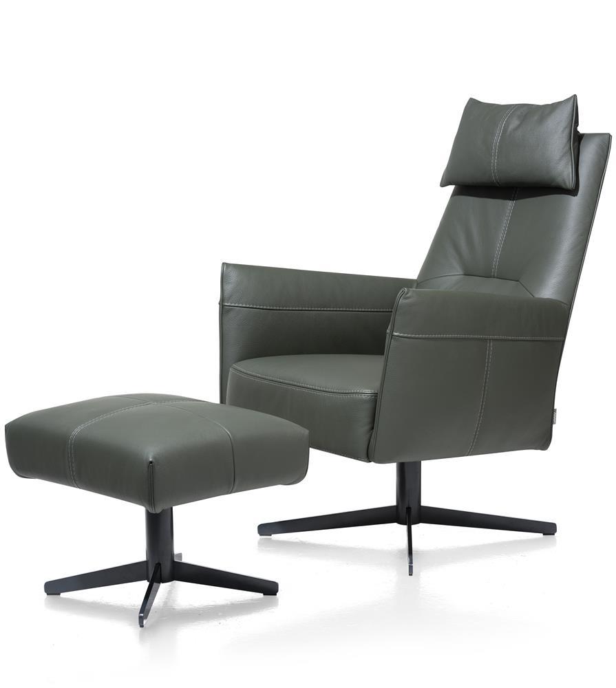 Pouf gris sur pied noir et fauteuil