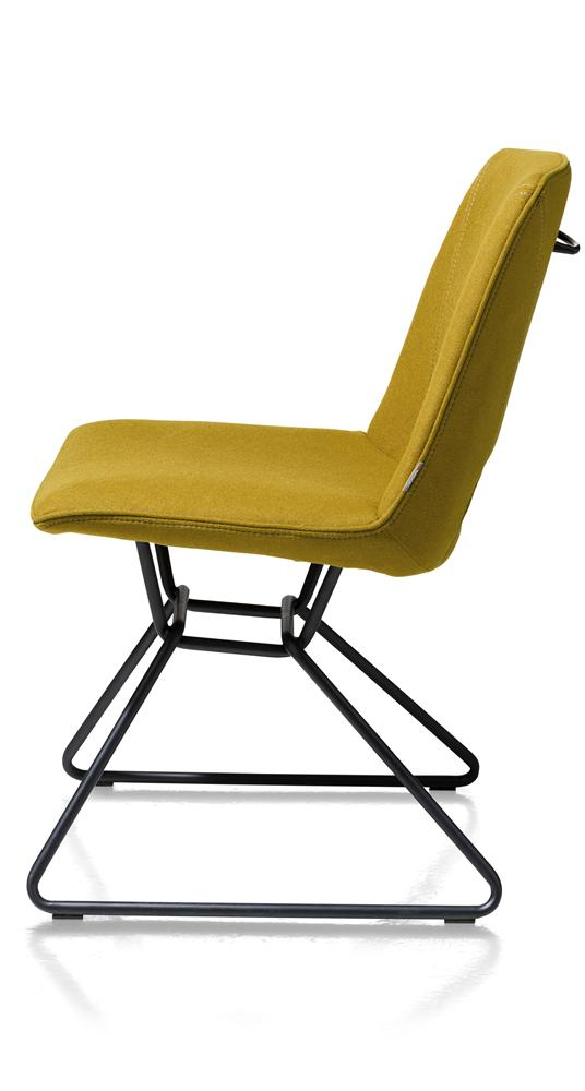 Chaise design jaune ocre