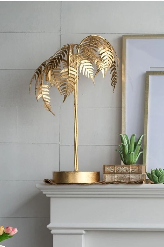 décoration palmier dorée