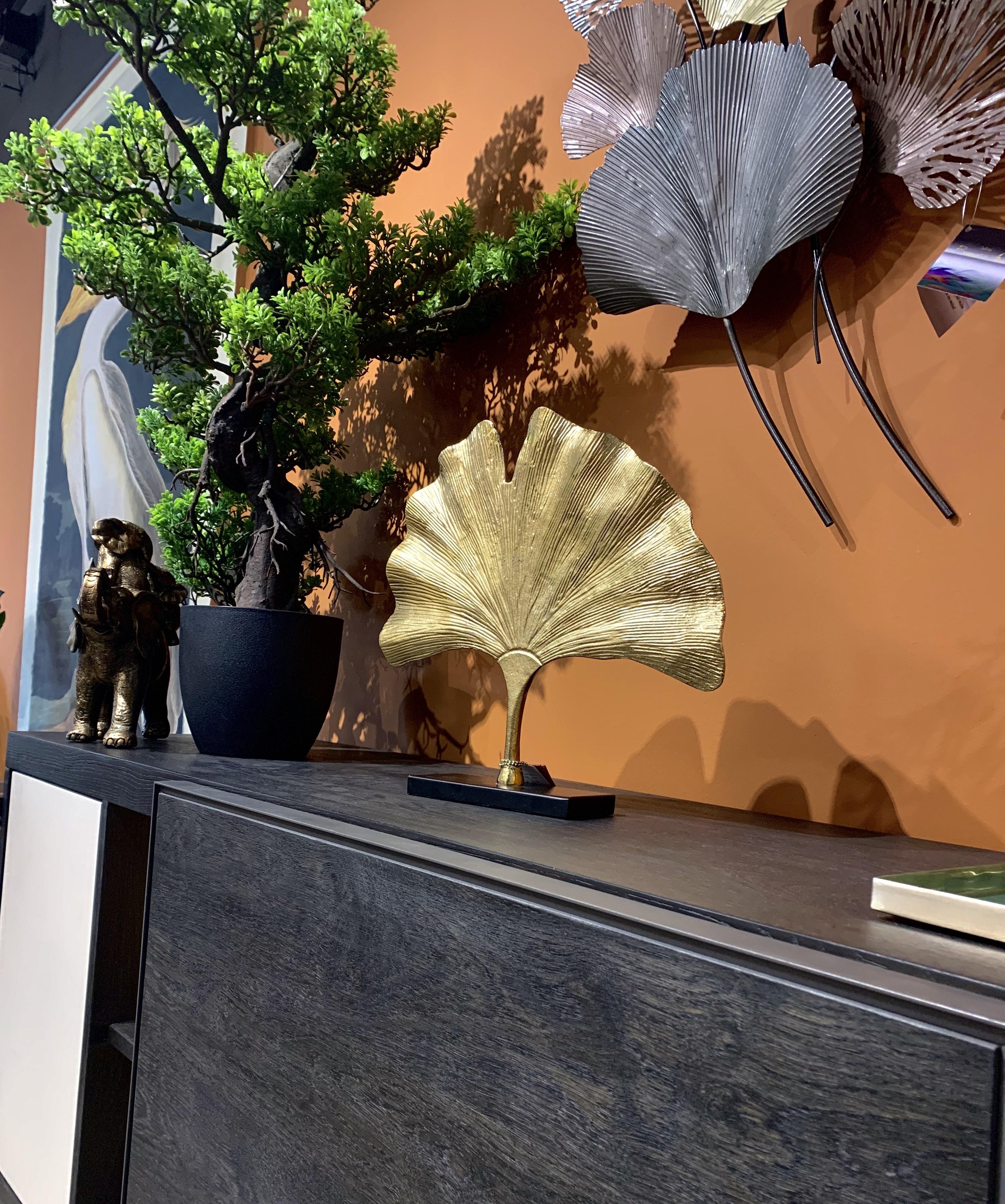 décoration végétale buffet contemporain