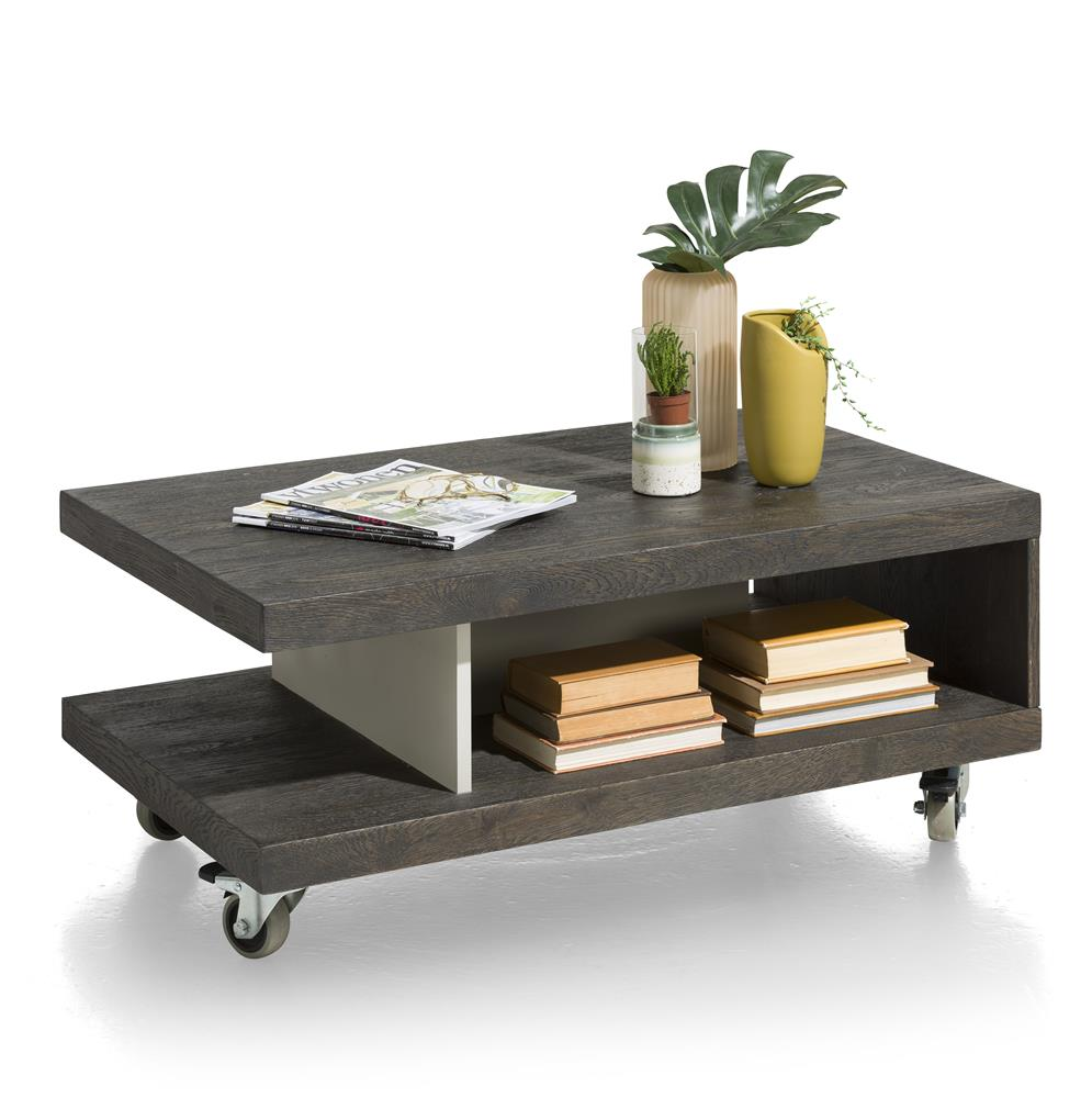 Table basse contemporaine sur roulettes