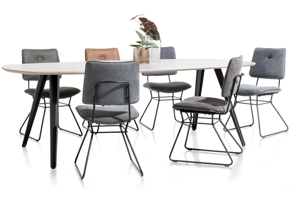 Table à manger et chaise style scandinave et industriel