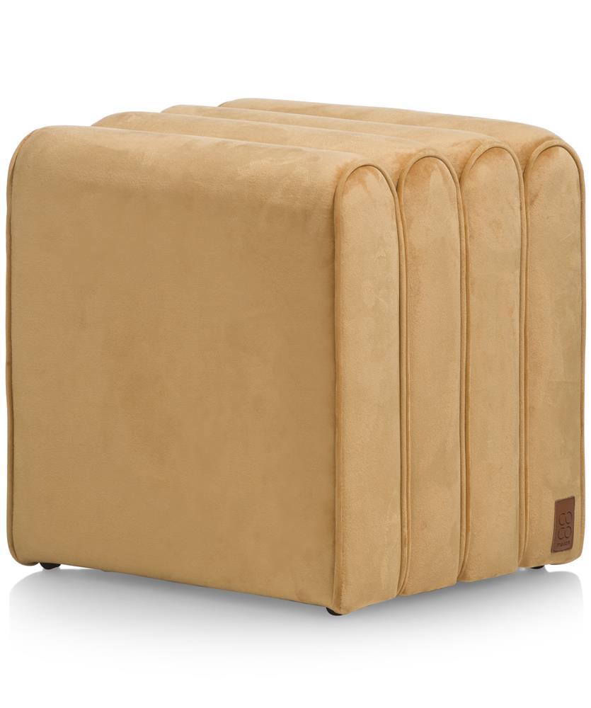 Pouf design carré en velours doré