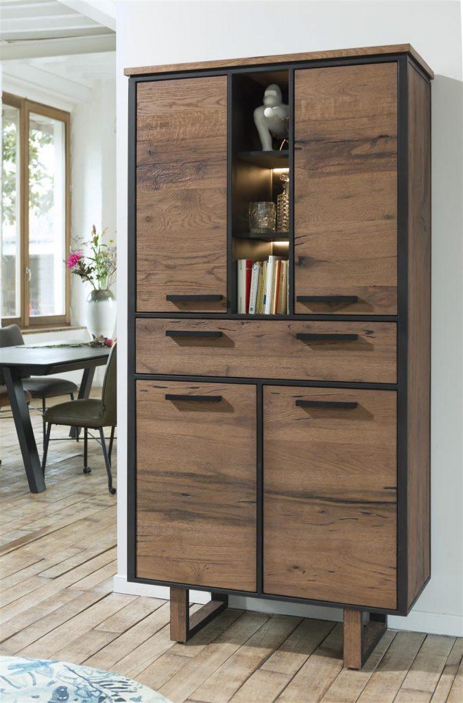 Armoire robuste bois de chêne et métal noir