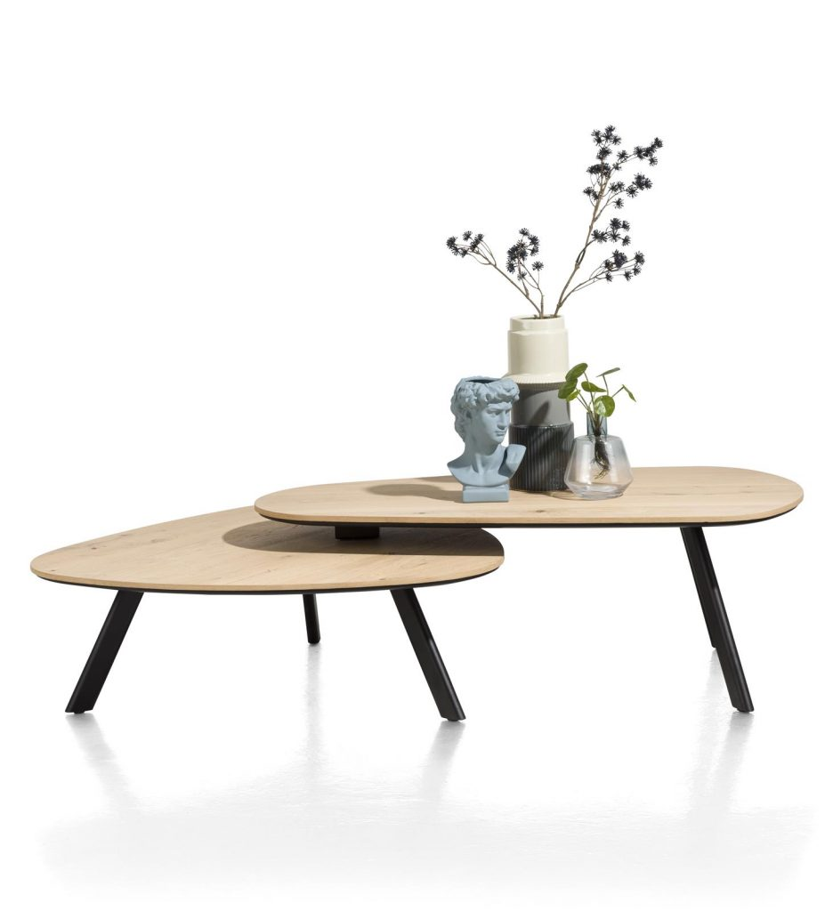 Table basse à deux plateaux forme galet en placage bois de chêne et pieds métal noir