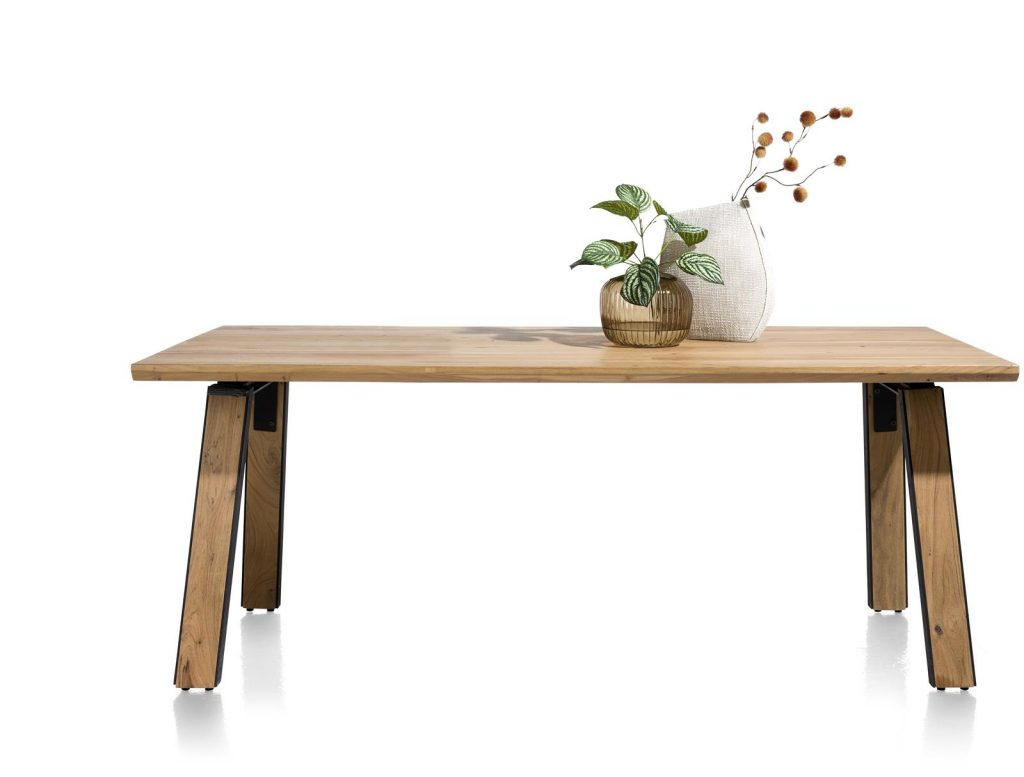 Table robuste et industrielle en bois de kikar massif pour 8 personnes