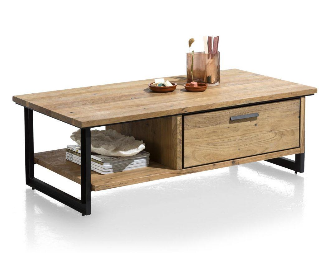 Table basse en bois de kikar massif au style industriel