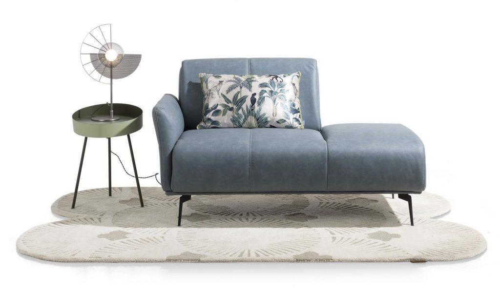Méridienne minimaliste et confortable en tissu gris clair