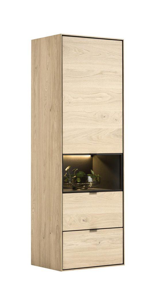 Armoire haute et fini en placage bois de chêne
