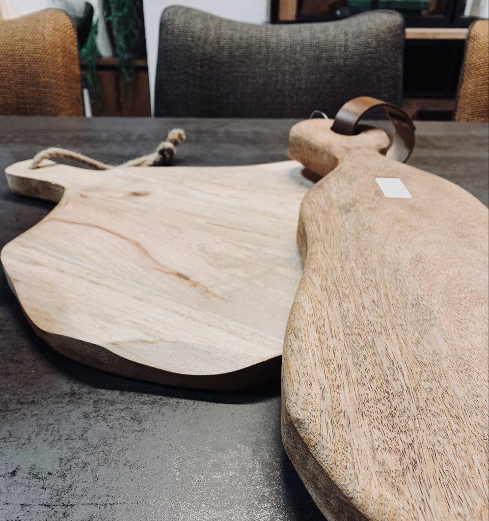 Planches à découper en bois rustique