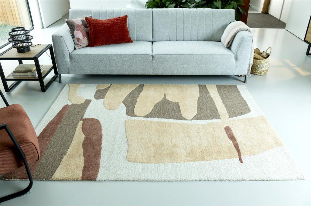 Tapis en laine beige marron et rouge