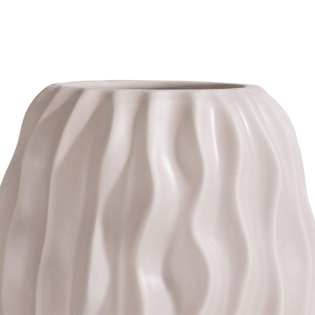 Grand vase en céramique rose pâle effet drapé