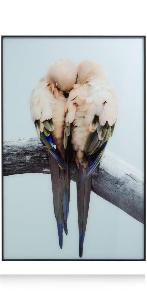 Grand tableau représentant des oiseaux qui se font un câlin