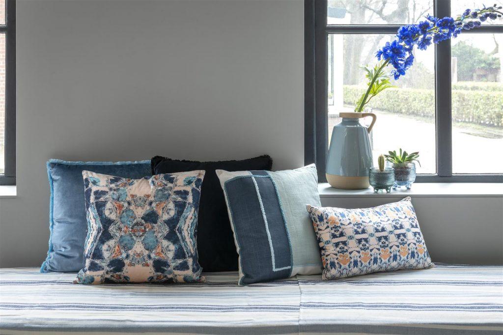 Ensemble de coussins décoratifs bleus et blancs