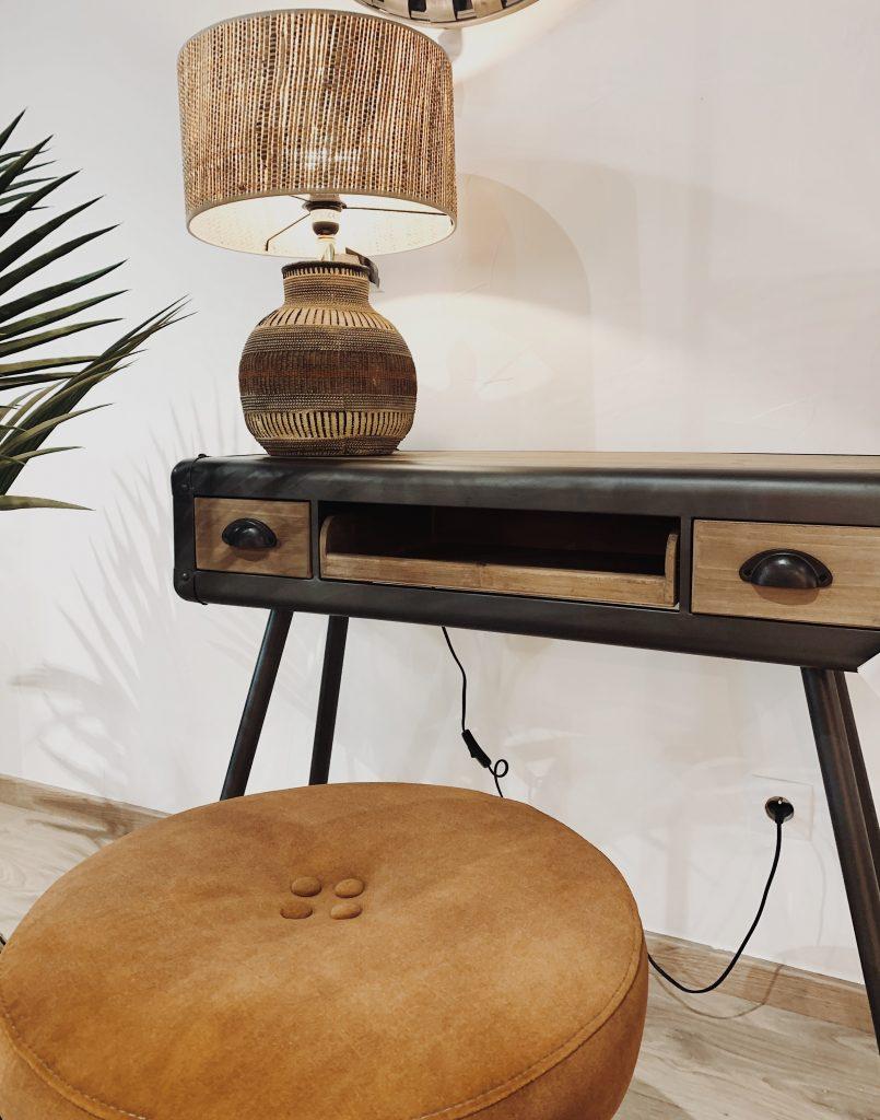 Console robuste en bois et métal avec tiroirs