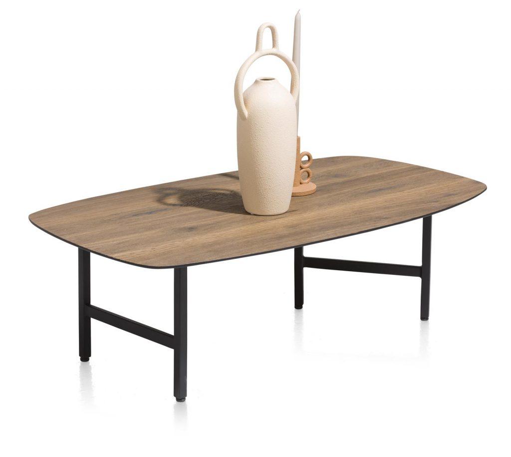 Table basse minimaliste et design en bois de chêne et métal noir