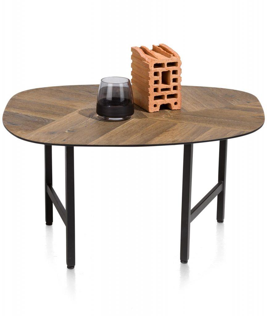 Table basse minimaliste avec plateau en bois à motifs chevrons