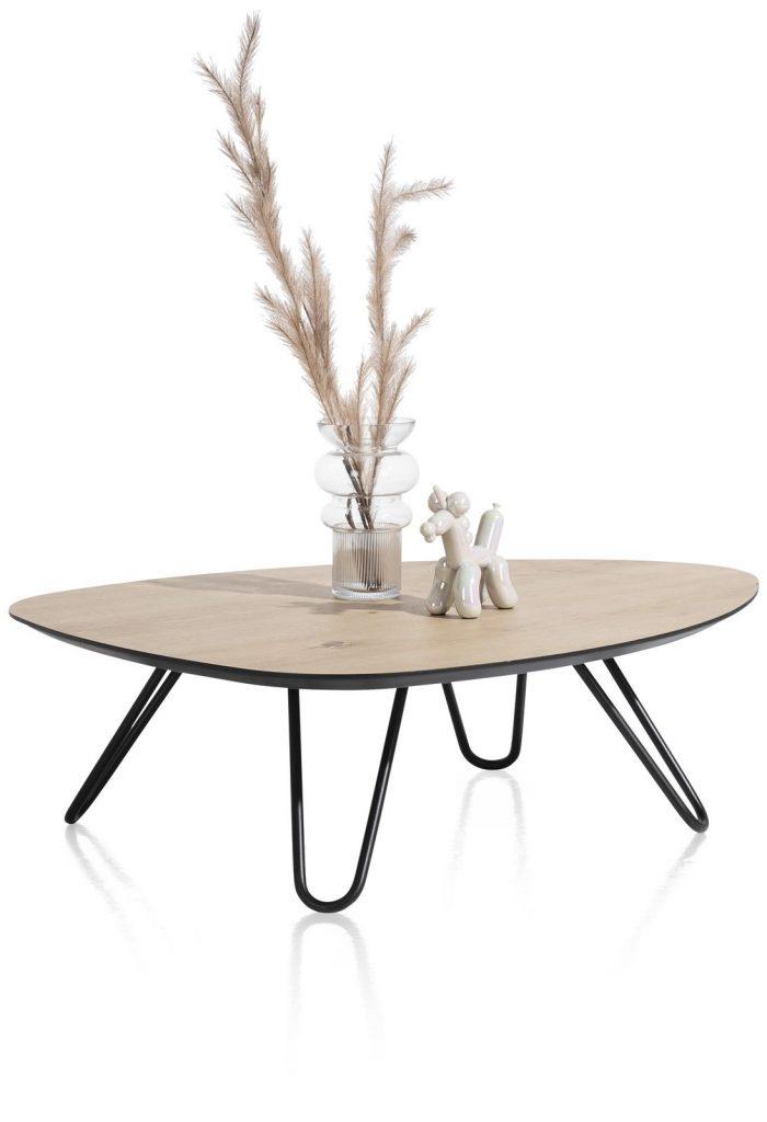 Table basse scandinave et contemporaine couleur rouille