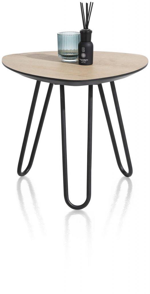 Table d'appoint scandinave et contemporaine couleur bois naturel