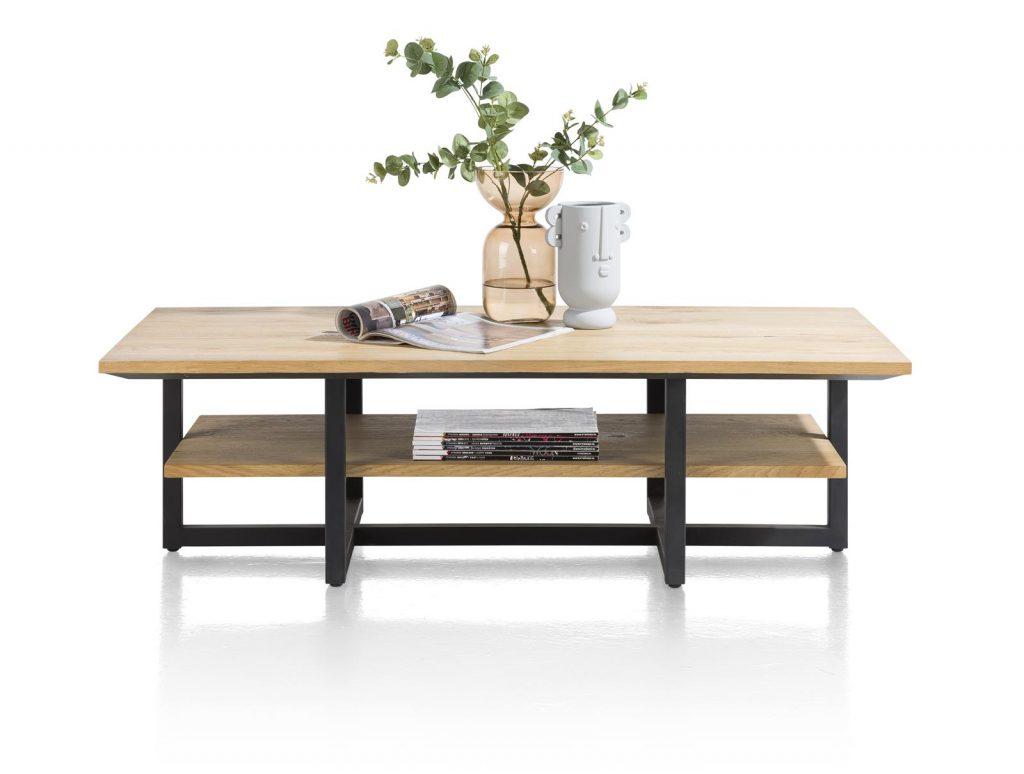 Table basse industrielle et moderne en bois de chêne et métal noir